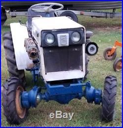 Satoh Beaver 370D 4WD Compact Tractor, Finish Mower, Scrape Blade, Turn Plow